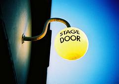 Stage door | Foto: cc James Butler/flickr
